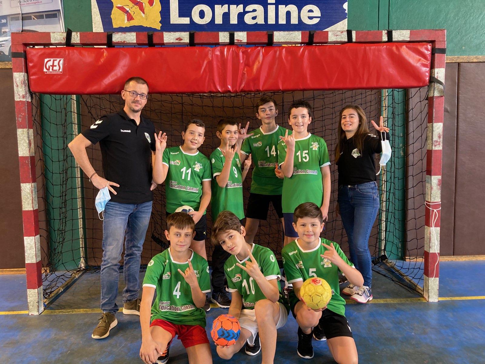 Championnat interdépartemental des - 13 Garçons du SMEPS Handball