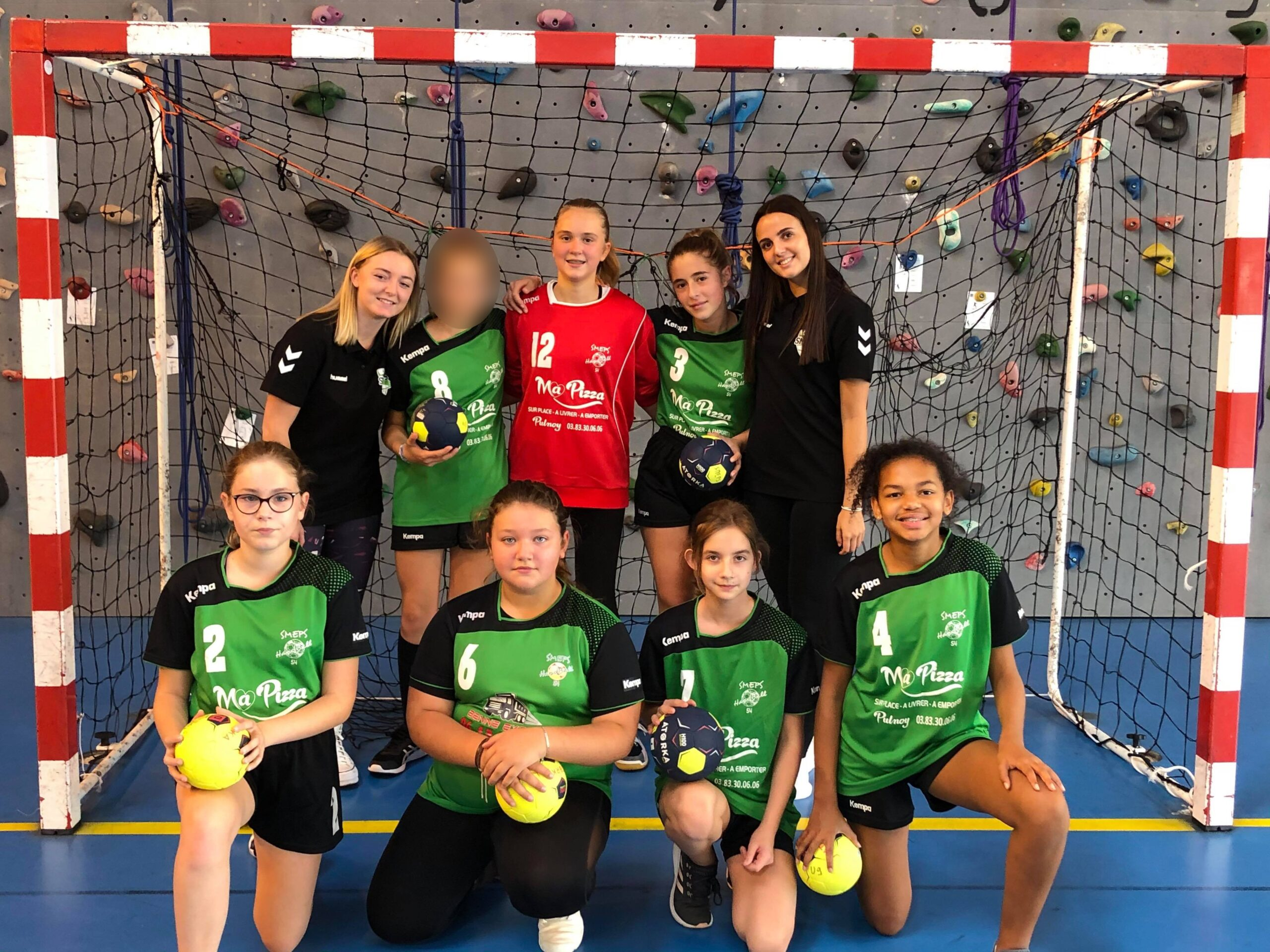 Championnat interdépartemental des - 15 filles du SMEPS Handball