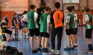Read more about the article Match amical des – 15 garçons : SMEPS HB – ES Custines HB